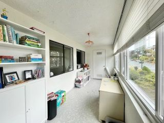 "Photo 16: 301 1381 MARTIN Street: White Rock Condo for sale in ""CHESTNUT VILLAGE"" (South Surrey White Rock)  : MLS®# R2575498"