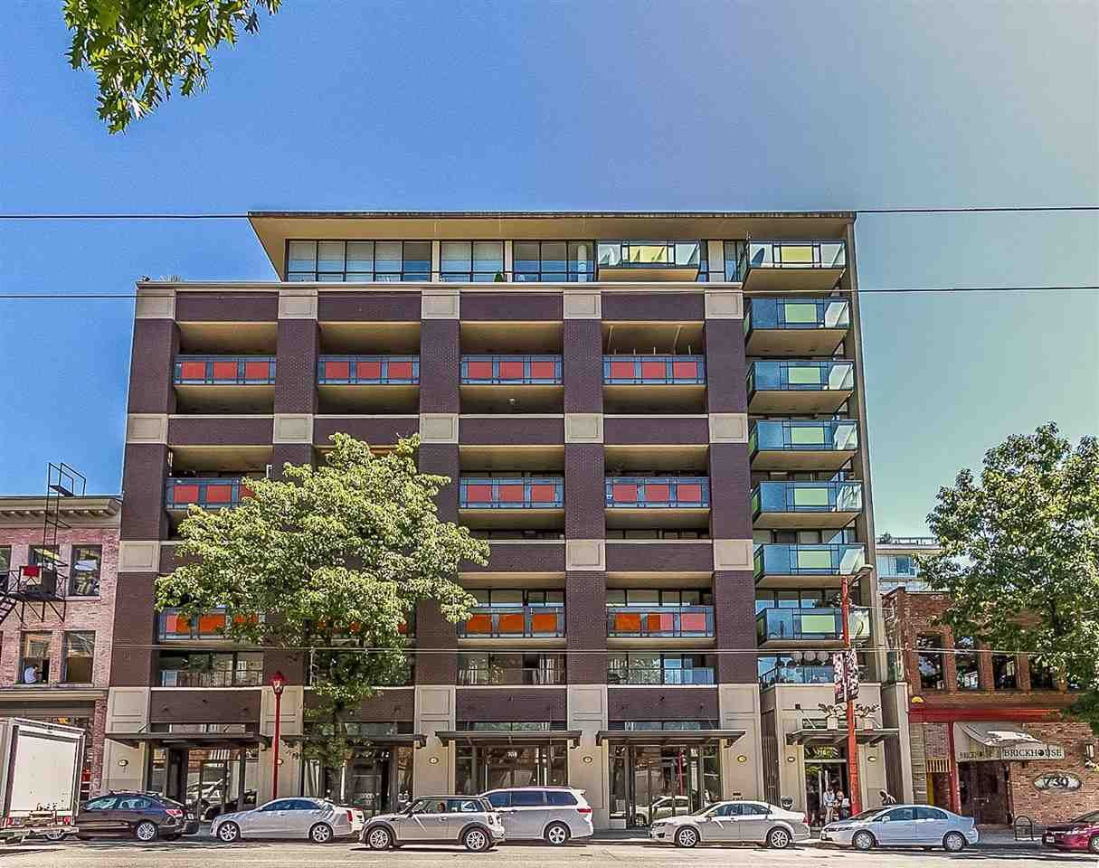 """Main Photo: 901 718 MAIN Street in Vancouver: Strathcona Condo for sale in """"Ginger"""" (Vancouver East)  : MLS®# R2590800"""