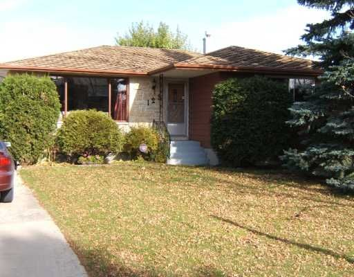 Main Photo: 123 Ravenhill Rd: Residential for sale : MLS®# 2820354