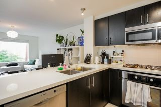 """Photo 4: 320 3163 RIVERWALK Avenue in Vancouver: South Marine Condo for sale in """"New Water"""" (Vancouver East)  : MLS®# R2584543"""