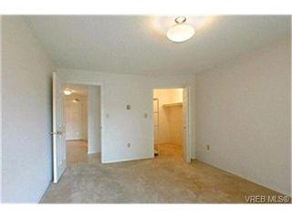 Photo 9: 302 945 McClure St in VICTORIA: Vi Fairfield West Condo for sale (Victoria)  : MLS®# 369936