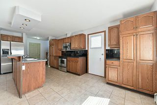 Photo 4: 1146 HOWSE Place in Coquitlam: Central Coquitlam House for sale : MLS®# R2193258