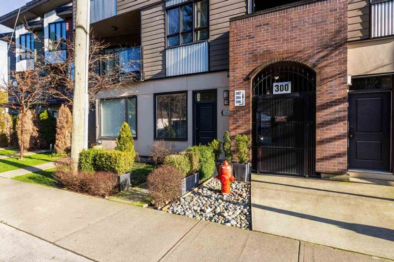 FEATURED LISTING: 310 SEYMOUR RIVER Place North Vancouver
