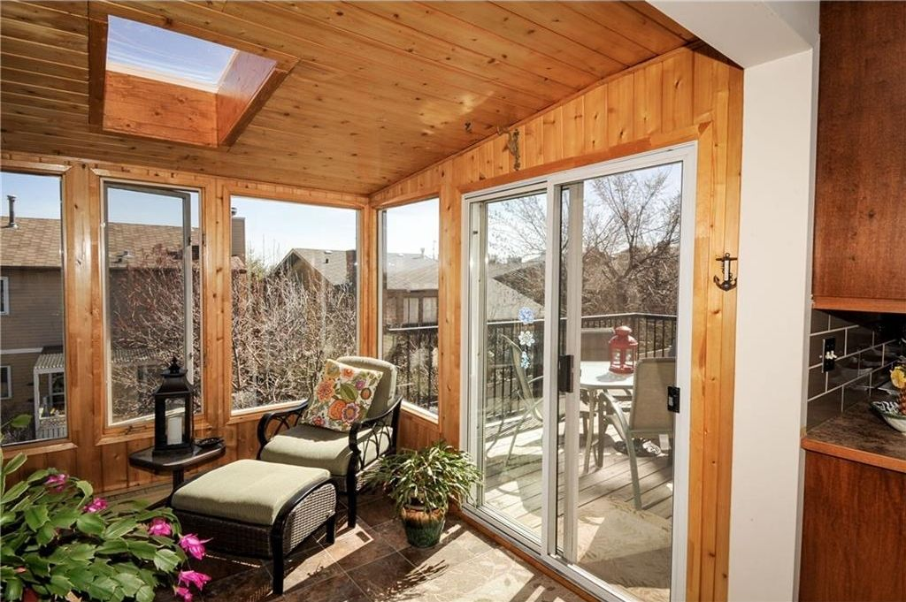 Photo 14: Photos: 52 BERKSHIRE Road NW in Calgary: Beddington Heights House for sale : MLS®# C4105449
