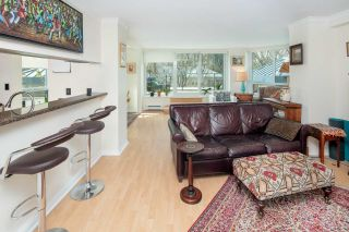 """Photo 10: 611 500 W 10TH Avenue in Vancouver: Fairview VW Condo for sale in """"Cambridge Court"""" (Vancouver West)  : MLS®# R2381638"""