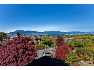 Photo 9: 3830 W 12TH AV in Vancouver: Point Grey House for sale (Vancouver West)  : MLS®# V895140