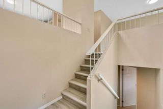 Photo 5: 20 Berkshire Close NW in Calgary: Beddington Heights Detached for sale : MLS®# A1133317