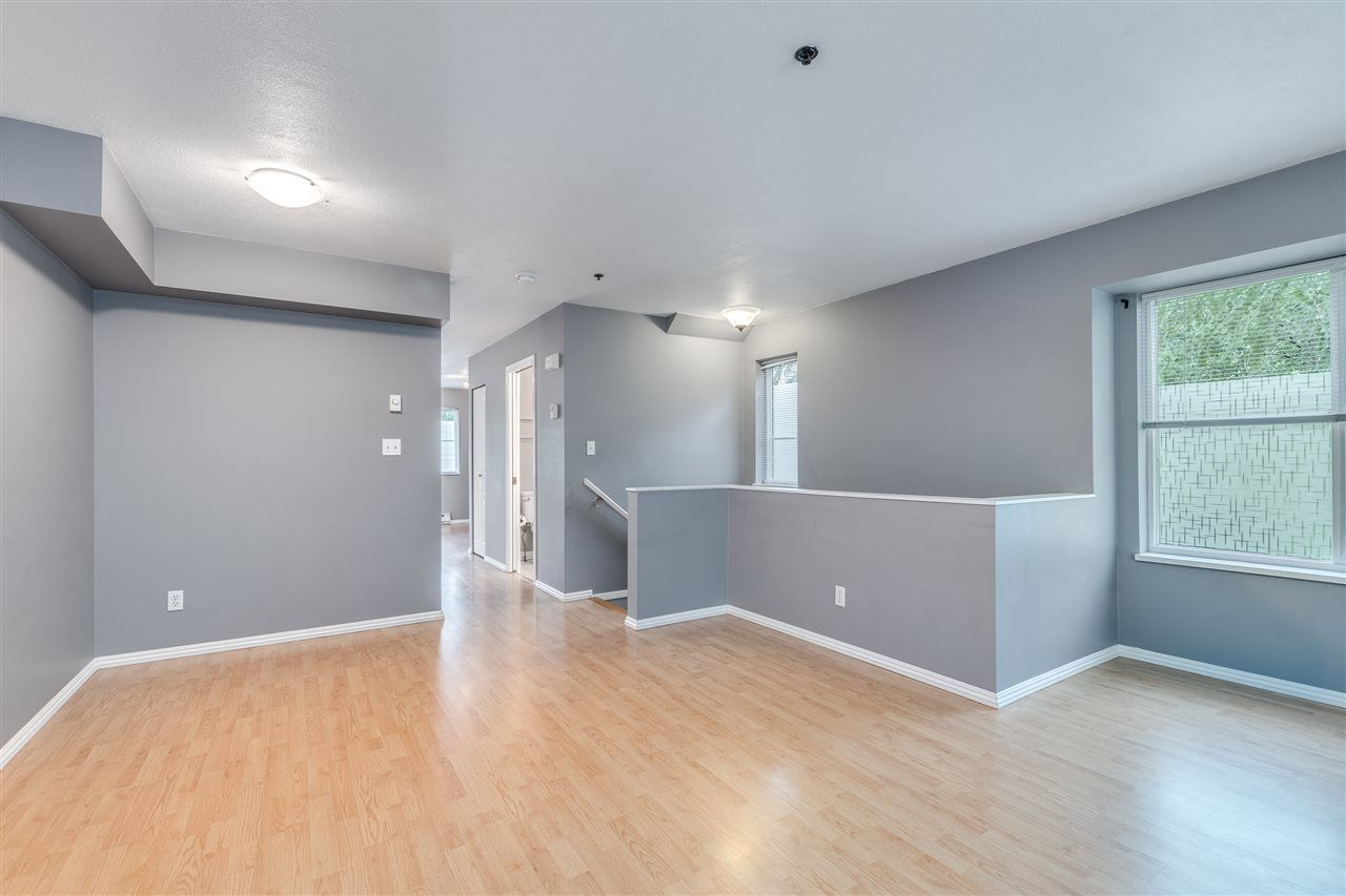 Photo 11: Photos: 52 12449 191 STREET in Pitt Meadows: Mid Meadows Townhouse for sale : MLS®# R2514759