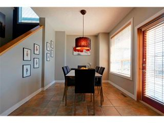 Photo 10: 94 SIMCOE Circle SW in Calgary: Signature Parke House for sale : MLS®# C4006481