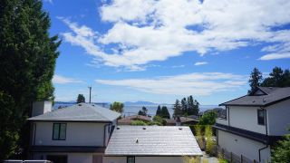Photo 12: 13546 14 AVENUE in Surrey: Crescent Bch Ocean Pk. House for sale (South Surrey White Rock)  : MLS®# R2472072