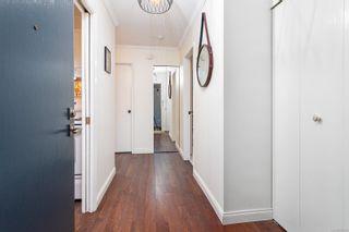 Photo 4: 205 1050 Park Blvd in : Vi Fairfield West Condo for sale (Victoria)  : MLS®# 886320