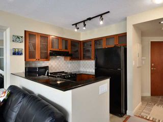 Photo 5: 203 55 ALEXANDER Street in Vancouver: Downtown VE Condo for sale (Vancouver East)  : MLS®# V938824