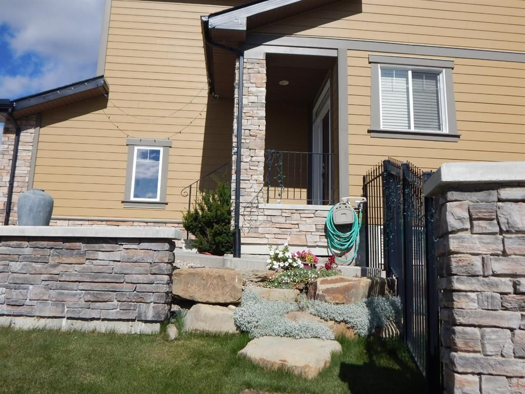 Photo 3: Photos: 215 Panatella View in Calgary: Panorama Hills Detached for sale : MLS®# A1046159