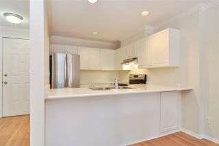 """Photo 5: 203 9124 GLOVER Road in Langley: Fort Langley Condo for sale in """"Heritage Manor"""" : MLS®# R2441063"""
