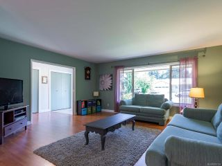 Photo 11: 2561 Webdon Rd in COURTENAY: CV Courtenay West House for sale (Comox Valley)  : MLS®# 822132