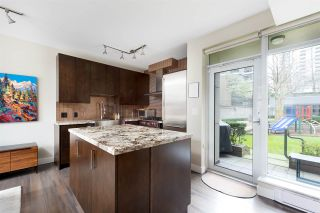 """Photo 6: 1009 HOMER Street in Vancouver: Yaletown Townhouse for sale in """"The Bentley"""" (Vancouver West)  : MLS®# R2542443"""