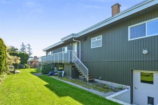 """Photo 19: 14233 MAGDALEN Avenue: White Rock House for sale in """"West White Rock"""" (South Surrey White Rock)  : MLS®# R2262291"""