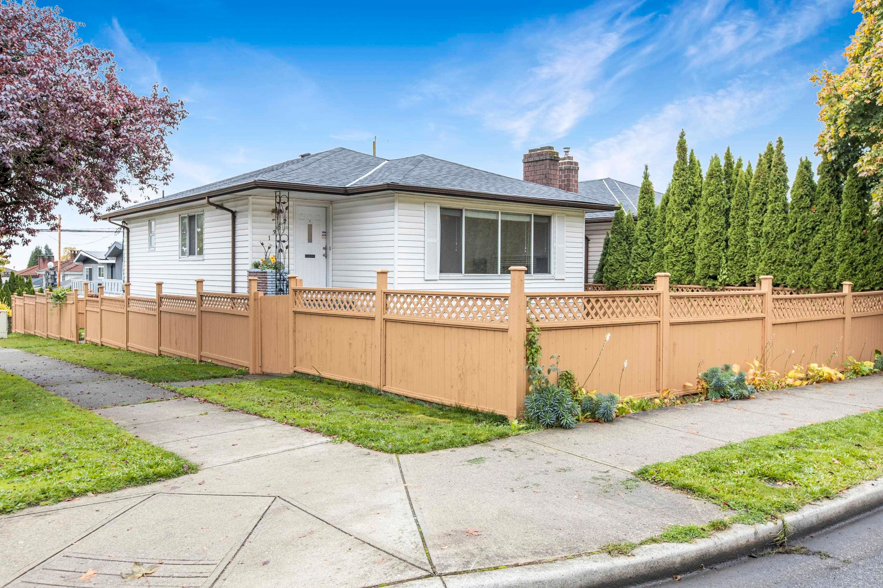 Main Photo: 1352 E 57TH Avenue in Vancouver: South Vancouver House for sale (Vancouver East)  : MLS®# R2625705