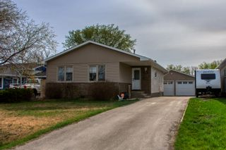 Photo 40: 878 10th Street NW in Portage la Prairie: House for sale : MLS®# 202111997