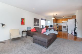Photo 5: 209 1725 Cedar Hill Cross Rd in : SE Mt Tolmie Condo for sale (Saanich East)  : MLS®# 871211