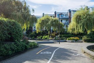 "Photo 21: 505 1508 MARINER Walk in Vancouver: False Creek Condo for sale in ""MARINER POINT"" (Vancouver West)  : MLS®# R2212186"