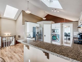Photo 11: 229 Valley Ridge Green NW in Calgary: Valley Ridge Detached for sale : MLS®# A1065673