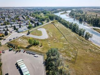 Photo 4: 6 Riverview Landing SE in Calgary: Riverbend Multi Family for sale : MLS®# A1051903