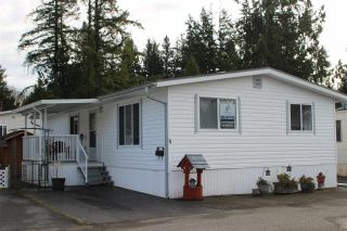 "Photo 3: 11 3931 198 Street in Langley: Brookswood Langley Manufactured Home for sale in ""BROOKSWOOD MOBILE HOME ESTATES"" : MLS®# R2421512"
