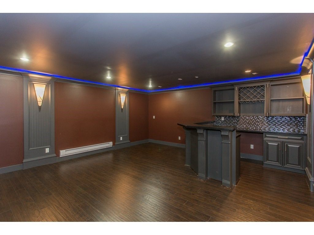Photo 17: Photos: 18815 53A Avenue in Surrey: Cloverdale BC House for sale (Cloverdale)  : MLS®# R2272944