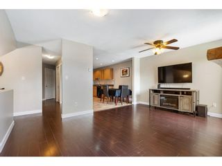 Photo 4: 212 DAVIS CRESCENT in Langley: Aldergrove Langley House for sale : MLS®# R2575495
