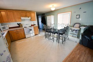 Photo 6: 10547 101 Street: Taylor Manufactured Home for sale (Fort St. John (Zone 60))  : MLS®# R2039695