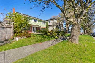 """Photo 11: 2615 E 56TH Avenue in Vancouver: Fraserview VE House for sale in """"FRASERVIEW"""" (Vancouver East)  : MLS®# R2561413"""