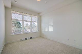 Photo 11: 309 14022 NORTH BLUFF Road: Condo for sale in White Rock: MLS®# R2562036