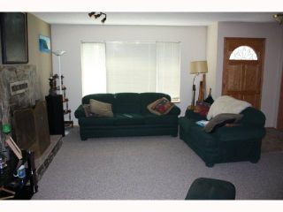 Photo 2: 4352 GUN CLUB Road in Sechelt: Sechelt District House for sale (Sunshine Coast)  : MLS®# V815648