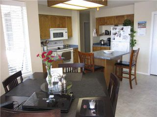 """Photo 9: 216 22515 116TH Avenue in Maple Ridge: East Central Townhouse for sale in """"FRASERVIEW VILLAGE"""" : MLS®# V1127556"""