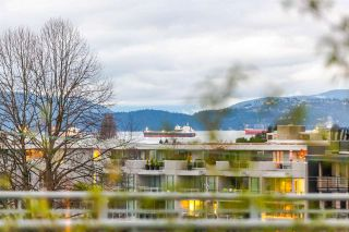 """Photo 6: 502 1565 W 6TH Avenue in Vancouver: False Creek Condo for sale in """"6TH & FIR"""" (Vancouver West)  : MLS®# R2157219"""