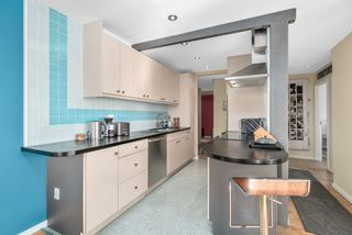 """Photo 16: 310 1429 E 4TH Avenue in Vancouver: Grandview Woodland Condo for sale in """"Sandcastle Villa"""" (Vancouver East)  : MLS®# R2463054"""