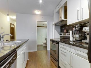 """Photo 2: 2006 188 KEEFER Place in Vancouver: Downtown VW Condo for sale in """"ESPANA"""" (Vancouver West)  : MLS®# R2587778"""