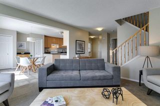 Photo 3: 94 Royal Elm Way NW in Calgary: Royal Oak Detached for sale : MLS®# A1107041