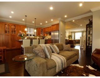 Photo 2: 2868 W 24TH Avenue in Vancouver: Arbutus House for sale (Vancouver West)  : MLS®# V757749