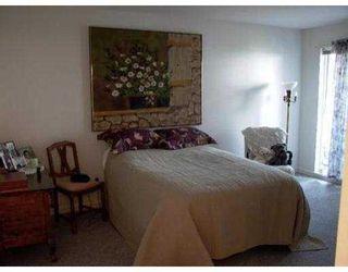 """Photo 6: 301 12025 207A ST in Maple Ridge: Northwest Maple Ridge Condo for sale in """"THE ATRIUM"""" : MLS®# V552715"""