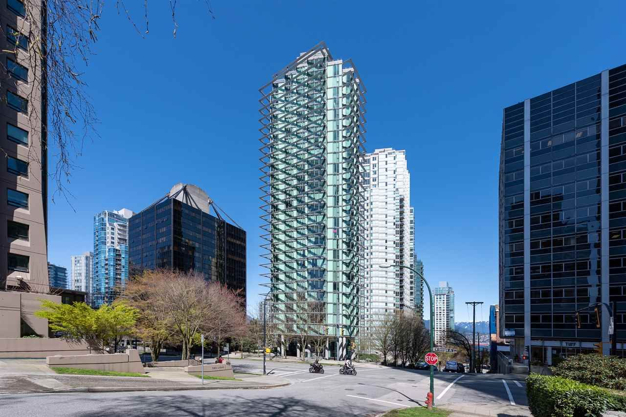 """Main Photo: 2701 1331 W GEORGIA Street in Vancouver: Coal Harbour Condo for sale in """"The Pointe"""" (Vancouver West)  : MLS®# R2571551"""