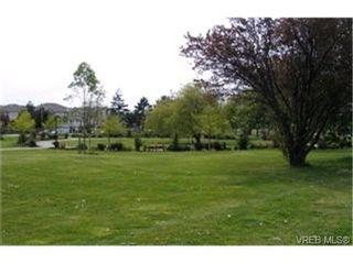 Photo 9:  in VICTORIA: SE Quadra Condo for sale (Saanich East)  : MLS®# 397191