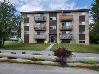 Photo 2: 18 15TH Avenue in No City Value: Out of Town Multi-Family Commercial for sale : MLS®# C8040509