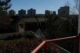 """Photo 7: 404 220 ELEVENTH Street in New Westminster: Uptown NW Condo for sale in """"QUEENS COVE"""" : MLS®# R2552061"""