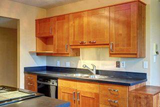 Photo 3: 68 HAWKWOOD Road NW in CALGARY: Hawkwood Residential Detached Single Family for sale (Calgary)  : MLS®# C3615643