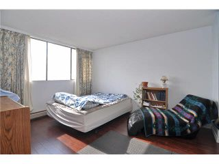 """Photo 5: 704 4105 IMPERIAL Street in Burnaby: Metrotown Condo for sale in """"SOMERSET HOUSE"""" (Burnaby South)  : MLS®# V1087895"""