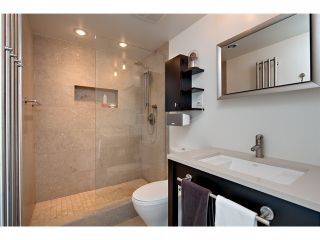 Photo 7: # 1807 918 COOPERAGE WY in Vancouver: Yaletown Condo for sale (Vancouver West)  : MLS®# V1006195
