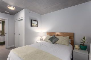 """Photo 10: 901 128 W CORDOVA Street in Vancouver: Downtown VW Condo for sale in """"WOODWARDS"""" (Vancouver West)  : MLS®# R2202808"""