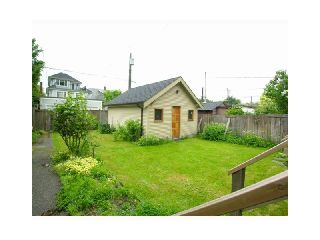 Photo 6: 2046 WHYTE Avenue in Vancouver: Kitsilano House for sale (Vancouver West)  : MLS®# V828196